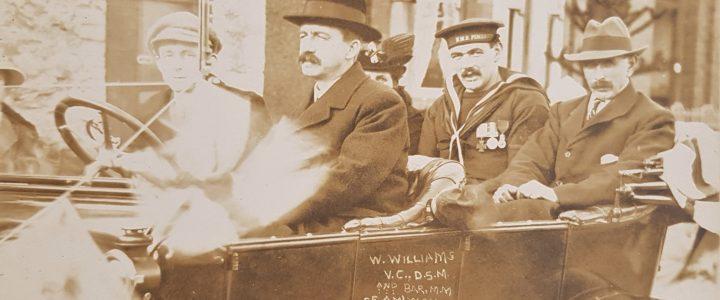 Dychweliad cartref William Williams