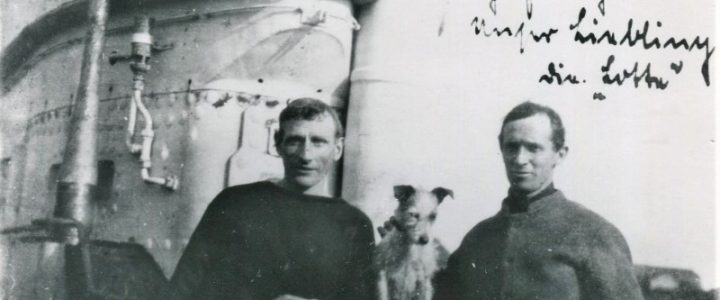 two prisoners of war and Lotte on U 91